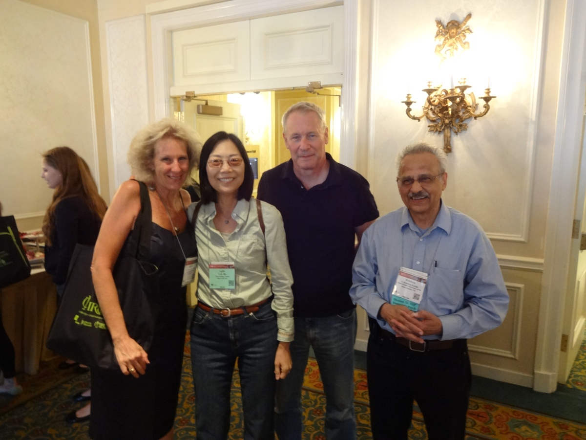 Division 46 Social Hour at the APA 2015 Convention. Photo Credit: Courtesy of Debbie Joffe Ellis.