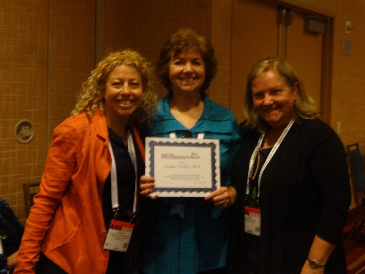 Pauline Walling receiving award. Photo by Debbie Joffe Ellis.
